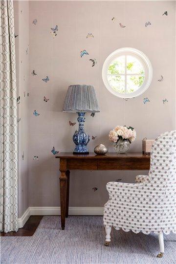 Butterflies Butterflies Full custom on Lilac Hint India tea paper